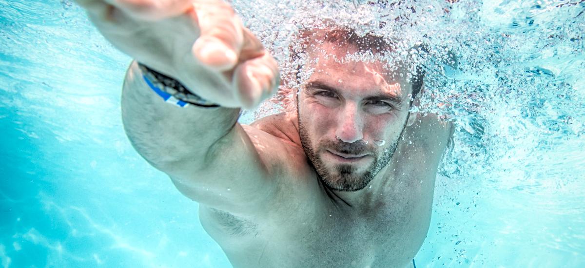 Úszás - Y Generáció Iskolaszövetkezet
