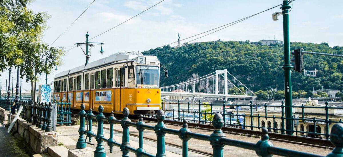 Utazás Budapesten - Y Generáció Iskolaszövetkezet