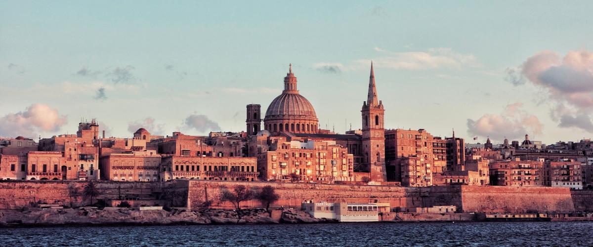 utazz Máltára