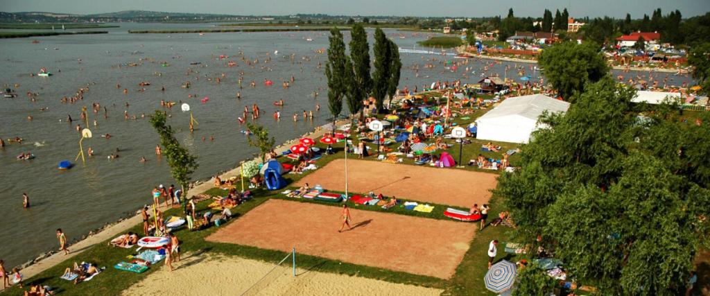 Gárdony Sport Beach & Camping